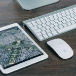 白いipadと地図アプリ
