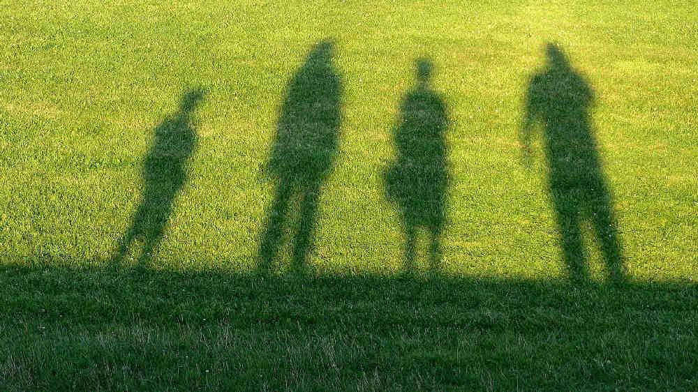 4人家族の人間関係とその影